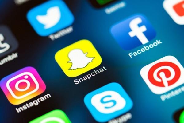 Corte di Cassazione : giusto il licenziamento per il troppo tempo sui social network